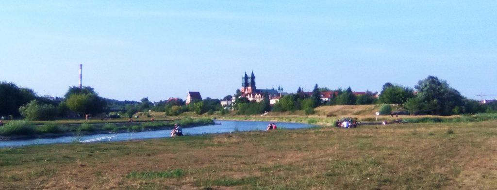 Catedral de Poznan desde el río