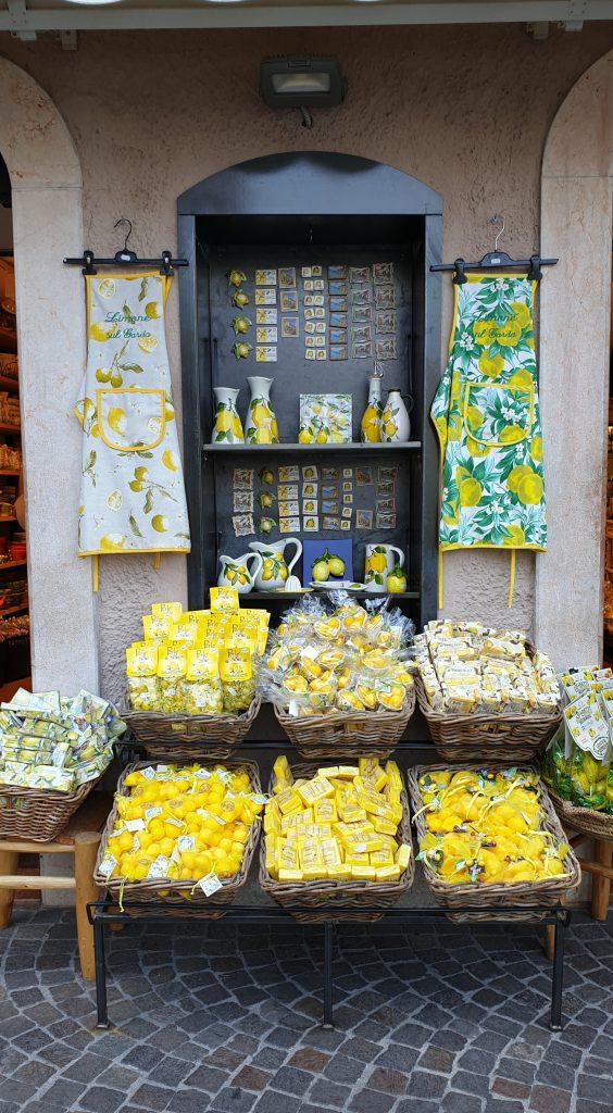 Souvenirs relacionados con limones