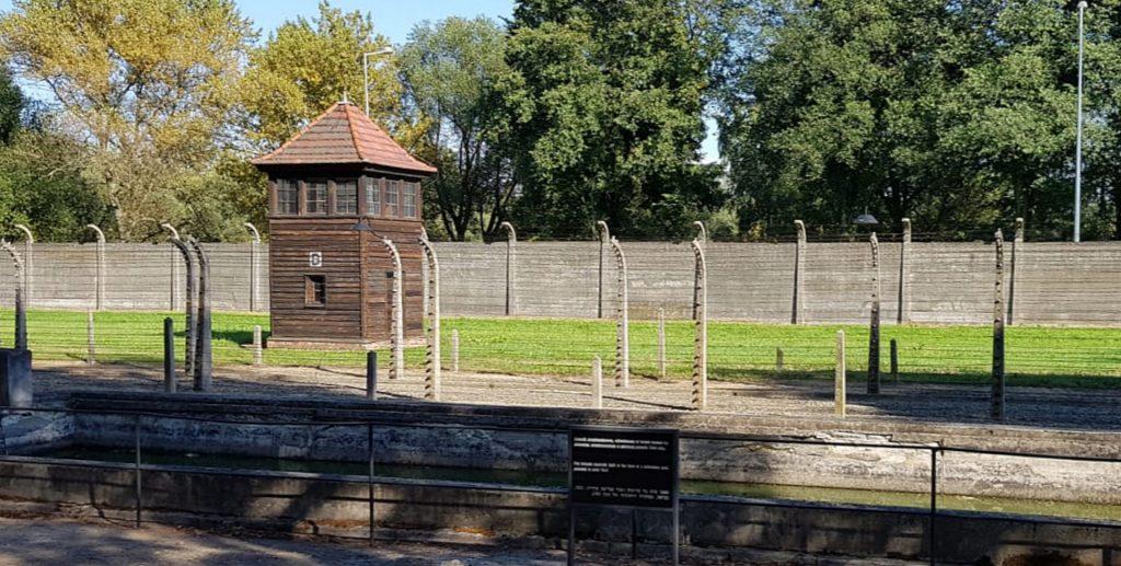 Torre de vigilancia en Auschwitz