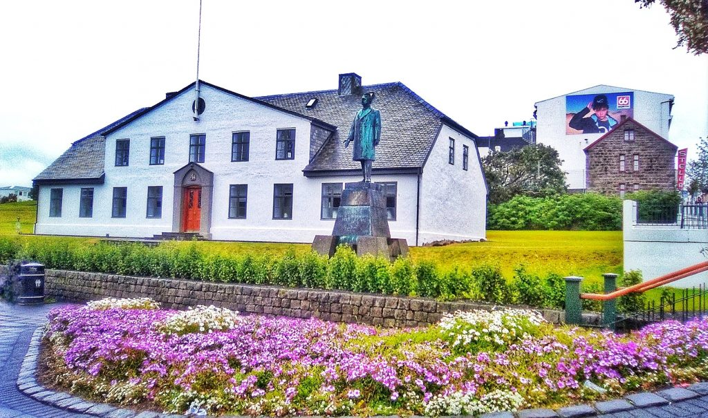 Residencia del Primer Ministro islandés  Oficina del primer Ministro de Islandia