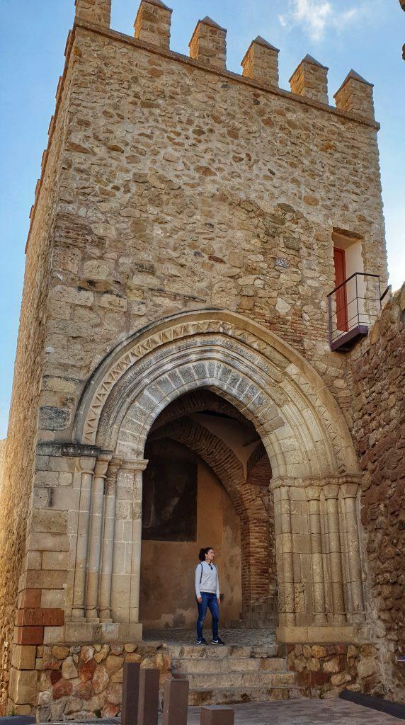Porche de San Antonio. Antigua puerta de la muralla