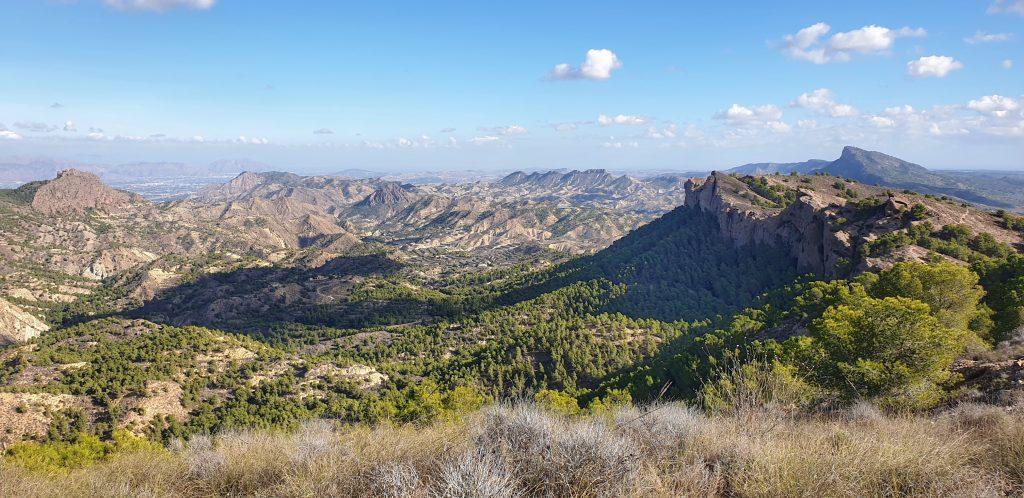 Vistas de las Murallas y el valle
